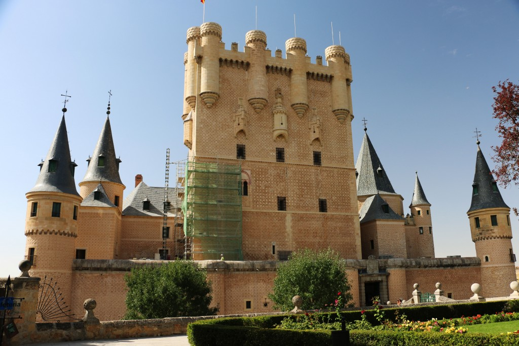 IMG_4109_tower of fortress of El Alcazar in Segovia