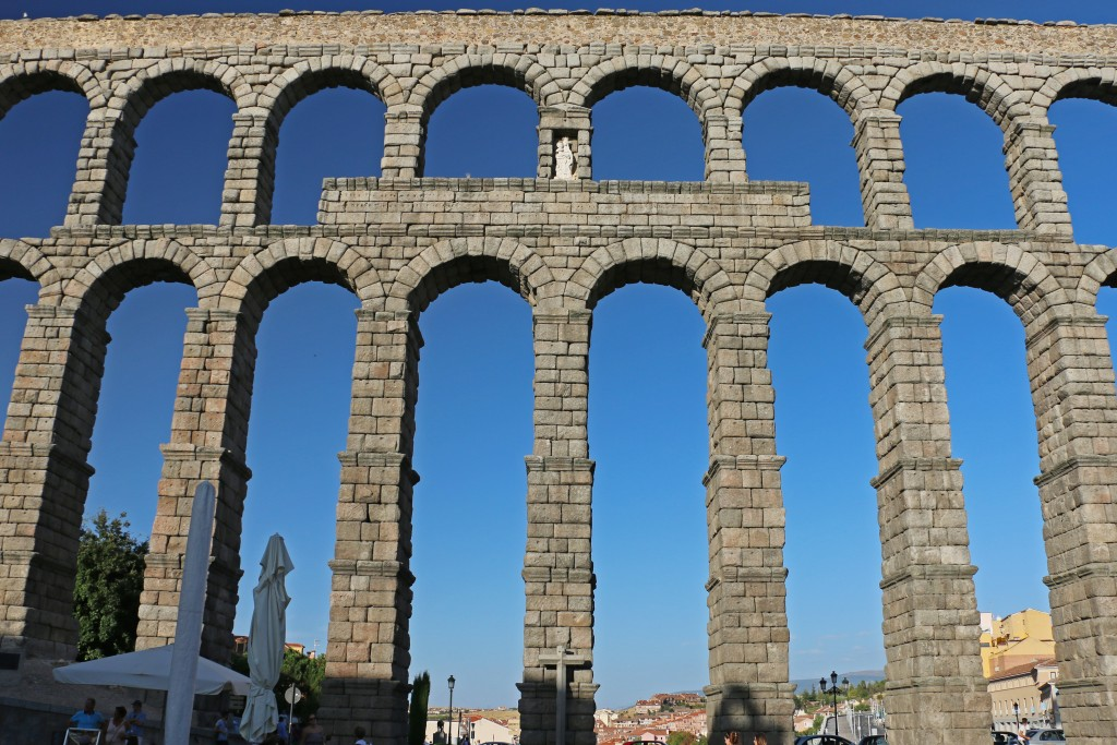 IMG_4115_Roman aqueduct Segovia